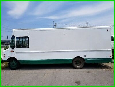 2003 Workhorse Step Van ( No Reserve !! )