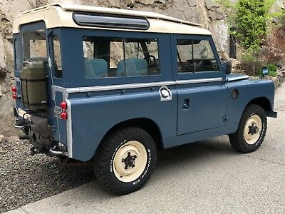 1964 Land Rover Defender  1964 Land Rover 88 Series IIA 2A Safari Roof