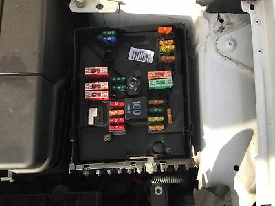 audi a3 8p engine bay fuse box diagram basic guide wiring diagram. Black Bedroom Furniture Sets. Home Design Ideas