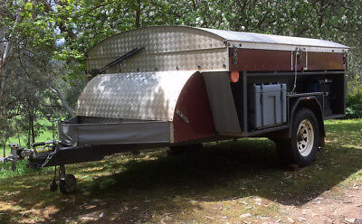 Camper Off Road Hard Roof: 9x7ft body on Prof Built 2011 8x5ft Steel Trailer