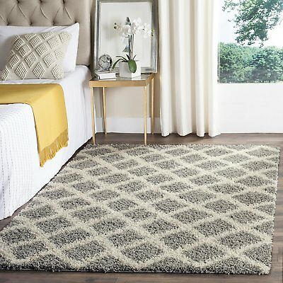 Safavieh SGD258G-4 Dallas Shag Collection and Ivory Area Rug, 4' x 6', Grey