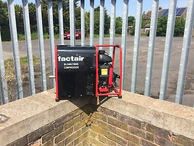 Factair 9A Petrol Rotary Vane Blown Fibre compressor, Only 6 Hours Running Time