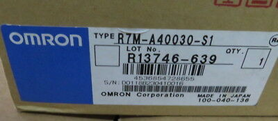 1Pc Omron Ac Servo Motor R7M-A40030-S1 New Original Free Expedited Shipping
