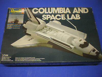 Revell 1/144 Columbia & Space Lab