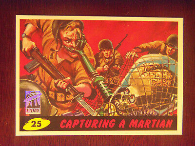 """1994 MARS ATTACKS #25 """"Capturing A Martian"""" FIRST DAY ISSUE in Mint Condition"""