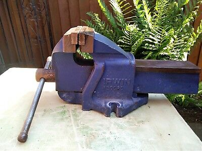 Engineers heavy duty vice. Record/Irwin the best vices you can buy.