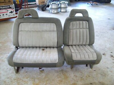 Excellent 1988 1994 Chevy Gmc Truck Gray Split Bench Seats Suburban Evergreenethics Interior Chair Design Evergreenethicsorg