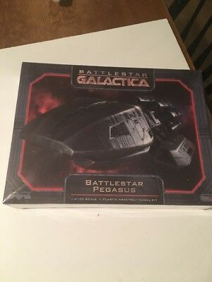 Battlestar Galactica Pegasus Model Kit Moebius Models 1/4105 Scale NIB