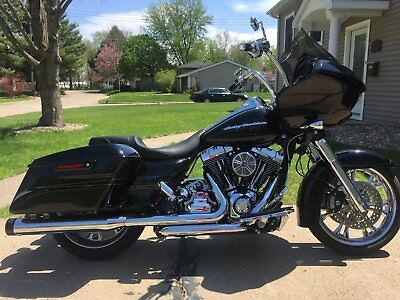 2015 Harley-Davidson Touring  howroom condition 2015 Harley Davidson Road Glide Special FLTRXS