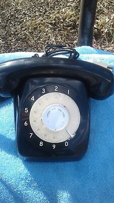 Black Dial Up Table Telephone - 1964 (801 series)