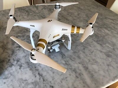 DJI Phantom 3 Professional 4K Drone with box very good condition.