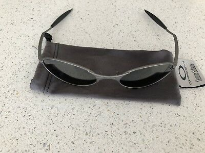 9f3aba82c0 RARE VINTAGE OAKLEY E wire glasses - used - grey - £30.00