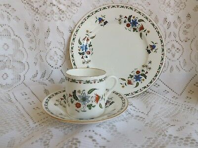 "Beautiful Vintage Shelley ""chelsea"" Floral Coffee Duo And Plate Ii280"