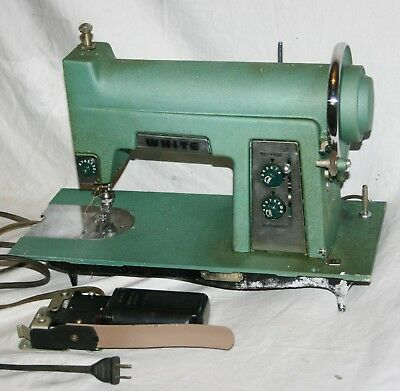 VINTAGE WHITE SEWING Machine As Is For Parts Or Repair 4040 Delectable White Sewing Machines Parts