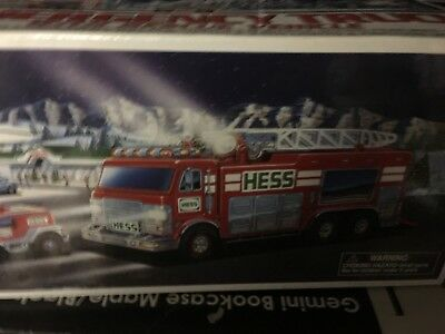 New 2005 Hess Collectible Toy Emergency Truck With Rescue Vehicle NIB