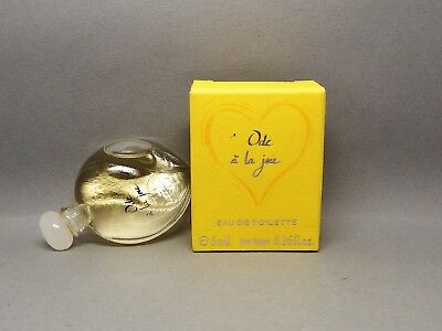 Yves Rocher, Ode a la Joie. in Box. Mini Parfum. Mini perfume. 51 mm.