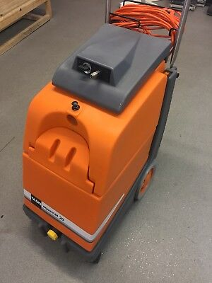 TASKI® Aquamat 20. Compact Spray Extraction Carpet Cleaning Machine (240volts)