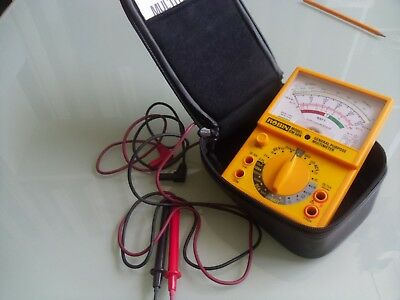 Robin OM 50N multimeter  with leads & case used