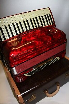 Beautiful Vintage Crucianelli Accordion Made In Italy Must See