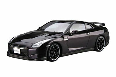 Aoshima 53171 1/24 The Model Car 35 Nissan R35 GT-R SPEC-V '09 from Japan