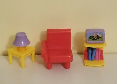 Fisher Price My First Dollhouse LIVING ROOM Furniture Red Chair,TV Stand, Lamp