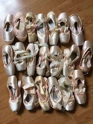 20 PAIRS of used pointe shoes.  Good condition.