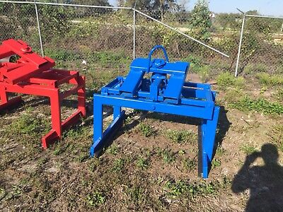 Gravity Clamp For Pavers/Bricks.  Can ship also