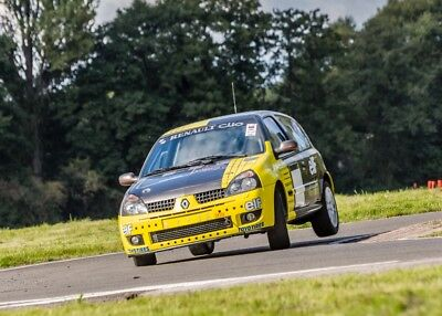 Renault Clio 172 Cup Race car Track day
