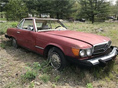 SL-Class -- 1975 Mercedes-Benz 450SL Parts car