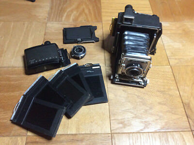 Graflex Crown Graphic 2x3 w/Raptar 90mm f6.8 lens in very good condition!