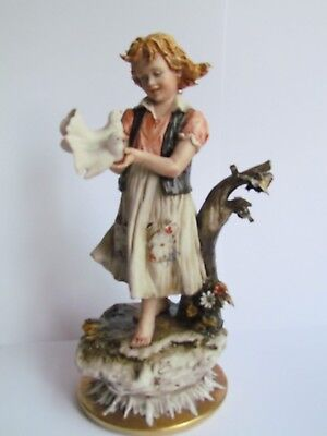 CAPODIMONTE / NAPLES FIGURE OF A YOUNG GIRL HOLDING TWO DOVES CAZZOLA (Ref2863)
