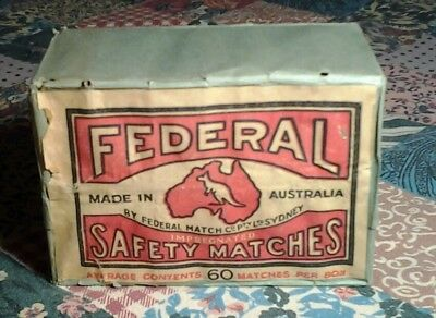 Carton of 12 FEDERAL SAFETY MATCHES circa1940s NEVER OPENED EXCELLENT CONDITION
