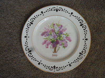 Lenox Colonial Bouquet New Hampshire Annual Limited Edition Plate, 2000, Lilac