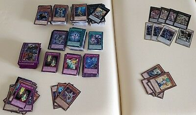 Lot YuGiOh 700 cartes + Sleeve Fantoruse