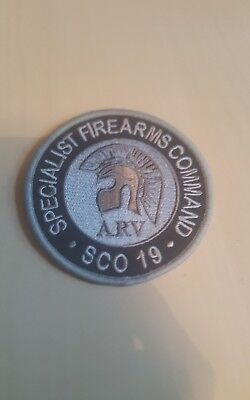 police sco19 arv special operations firearms command round patch subdued