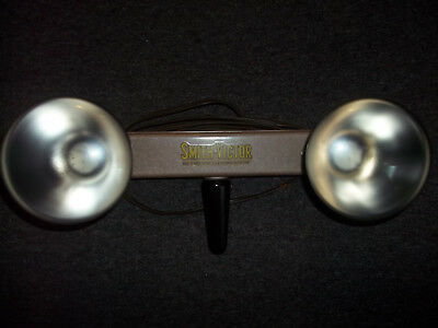 Vintage 2 Socket Light Bar SMITH VICTOR  For Movie Camera With Bulbs Works Great