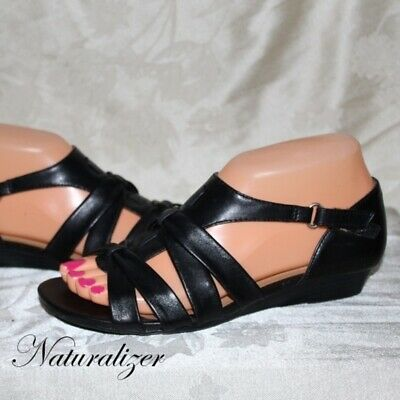 77c3d349b8c4 New Naturalizer Women s Joslin Strappy Sandals N5 Comfort size 9.5 Leather  Black
