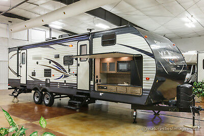 New 2018 30FBSS Bunkhouse Travel Trailer with Outdoor Kitchen For Sale Bunks