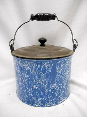 OLD Blue and White Swirl GRANITEWARE BERRY BUCKET w LID wood Hndl