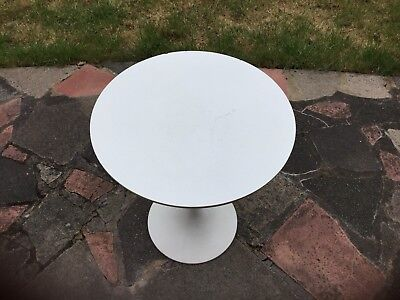 A Retro Arkana Tulip Side Table