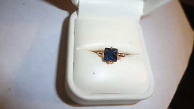 Scrap 10Kt Yellow Gold Ring Size 7.25 Blue Rj06/01/31