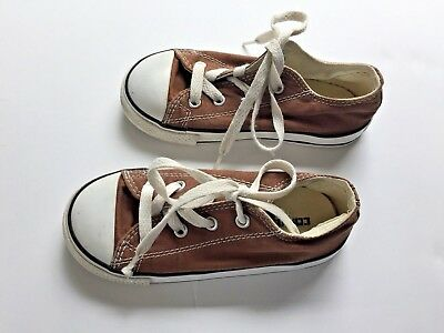 Converse Chuck Taylor All Star Kids Shoe Size 9 Brown Canvas Low Top Toddler