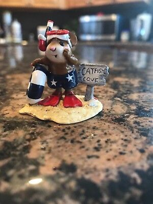 wee forest folk M-293 Catfish Cove in patriotic colors