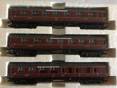 Hornby Oo Mint 3 X Lms Coaches With Royal Scott Brand.