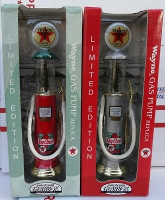 Pair Gearbox TEXACO Sky Chief Red Silver Wayne Gas Pump Die Cast 1997