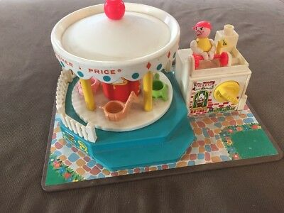Vintage Fisher Price Little People Merry Go Round #111~1972 Works