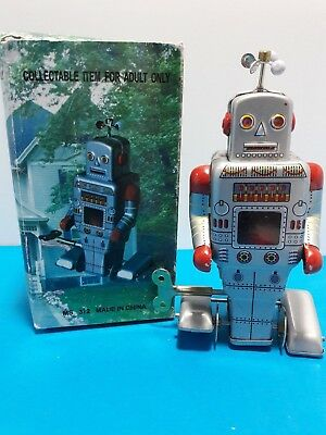 Space Age - Wind Up - Tin Toy