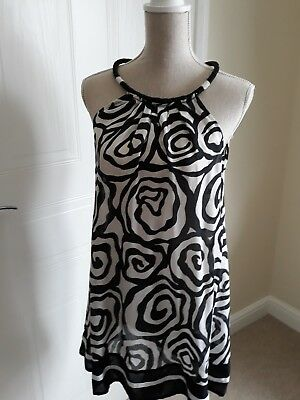 Ladies medium to large black/cream white top BRAND NEW WITH TAGS