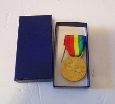 French Issue D-Day Veterans Medal With Box