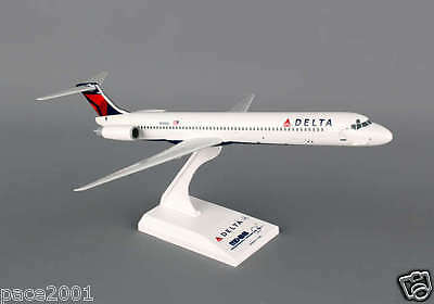 Skymarks Model Delta Airlines MD-88 1/150 Scale Plane comes with Stand